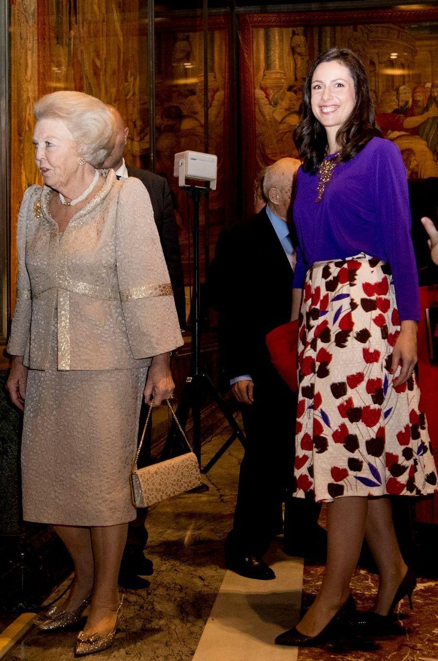 La princesse Beatrix des Pays-Bas avec la princesse Viktoria de Bourbon de Parme au Vatican, le 23 novembre 2016