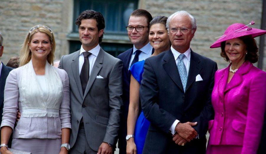 Le roi Carl XVI Gustaf, la reine Silvia, les princesses Victoria et Madeleine célèbrent le 200ème anniversaire de la dynastie des Bernadotte.