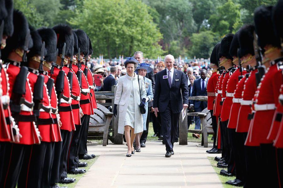 La reine Elizabeth II lors de la commémoration des 800 ans de la Magna Carta à Runnymede, le 15 juin 2015