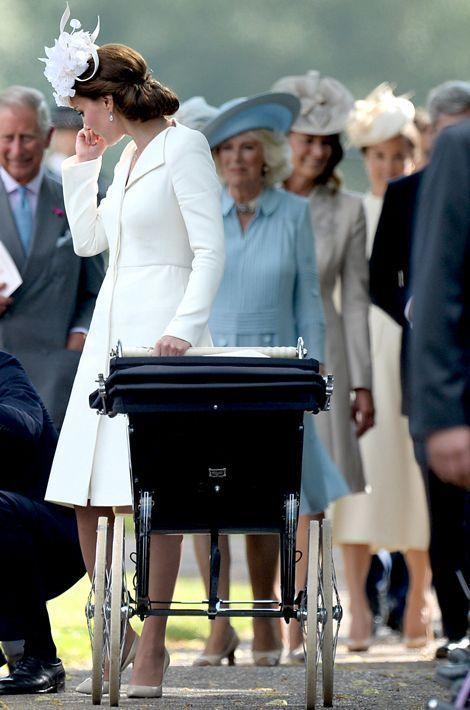 Kate Middleton au baptême de la princesse Charlotte à Sandringham, le 5 juillet 2015