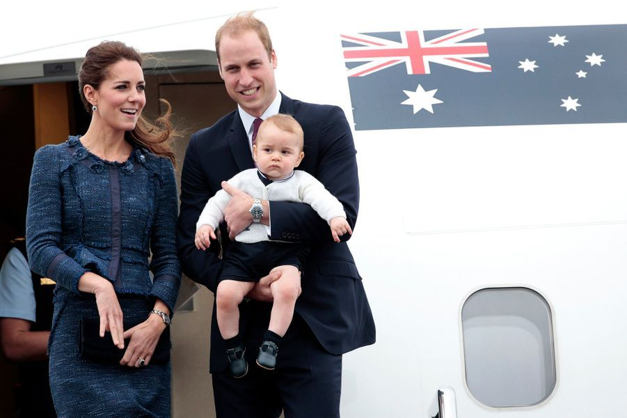 Le prince William avec son fils le prince George et Kate, le 16 avril 2014
