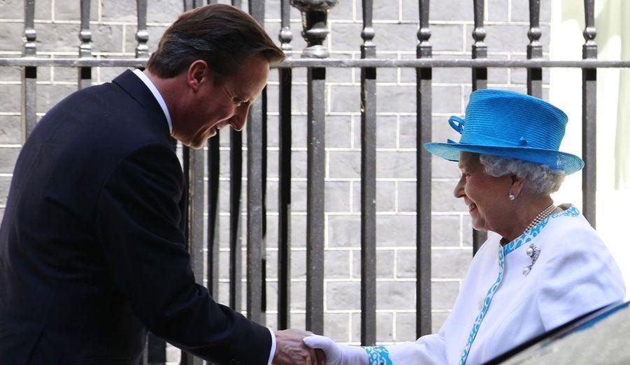 David Cameron et Elizabeth sont les seuls autour de la table à exercer encore une fonction.