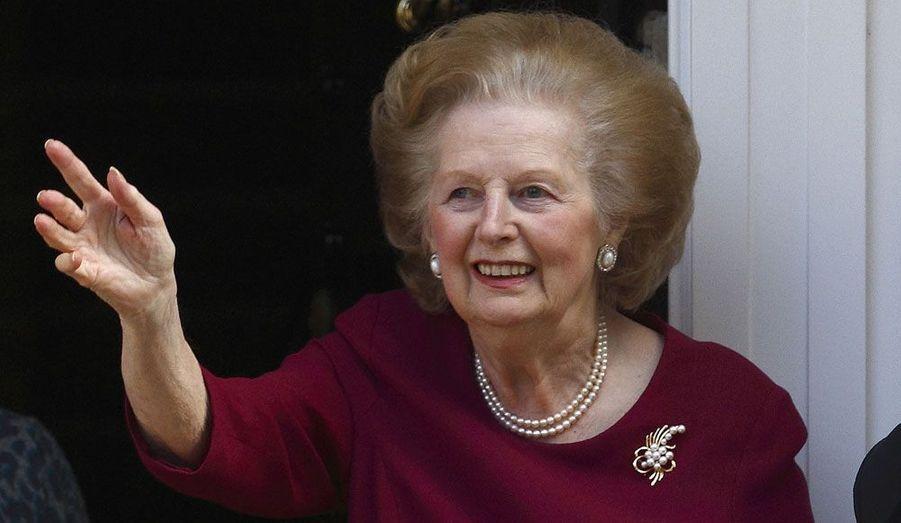 Margaret Thatcher a dû décliner l'invitation du Premier ministre David Cameron à cause de ses problèmes de santé. Ici, en novembre 2010, «La Dame de Fer» montrait déjà des difficultés pour se déplacer.