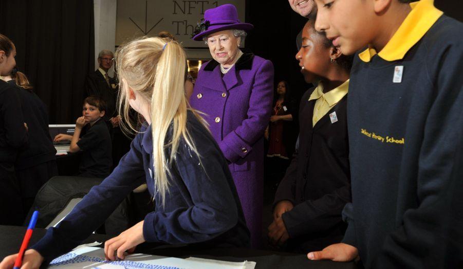 Sous la surveillance de la Reine