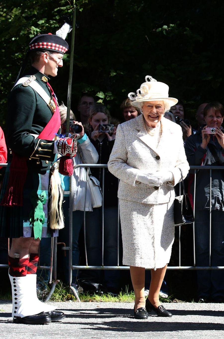 La reine Elizabeth II à Balmoral, le 8 août 2016