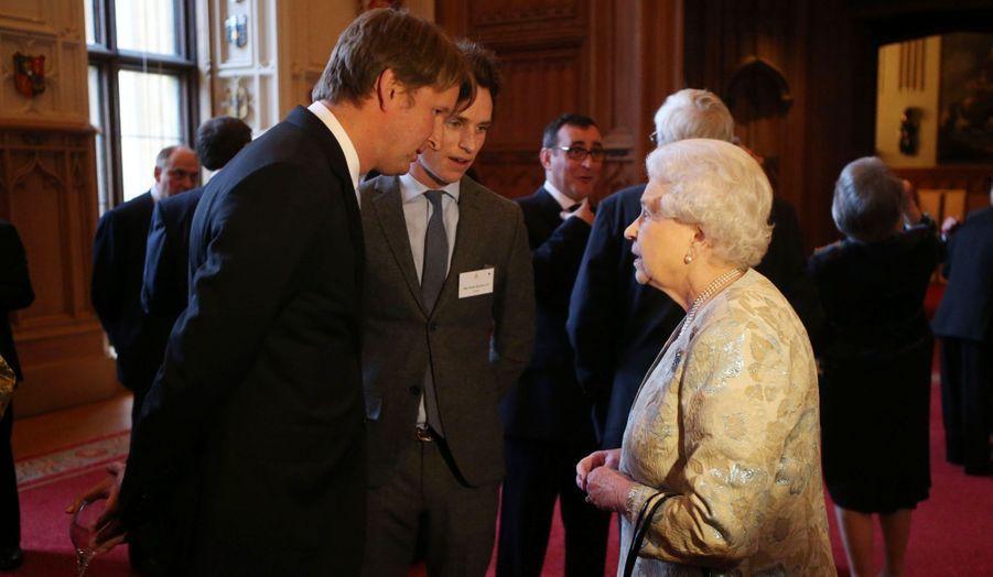 """La reine avec le réalisateur du """"Discours d'un Roi"""", Tom Hooper"""