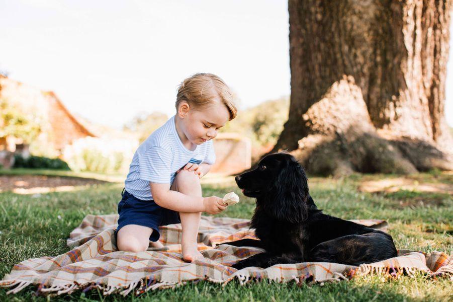 Le prince George le jour de ses 3 ans, à Sandrigham