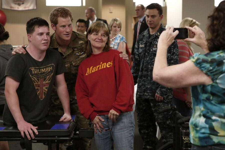 Harry aux côtés des blessés de guerre