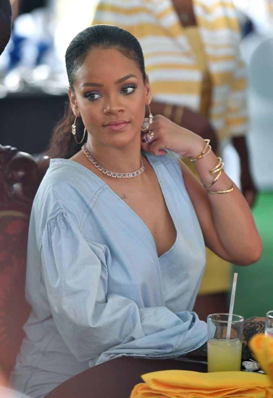 Le Prince Harry Et Rihanna Réunis Lors Du 50e Anniversaire De L'Indépendance De La Barbade 5