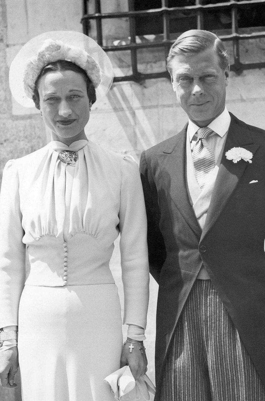 Edward, duc de Windsor, et Wallis Simpson, le 3 juin 1937, jour de leur mariage au château de Candé