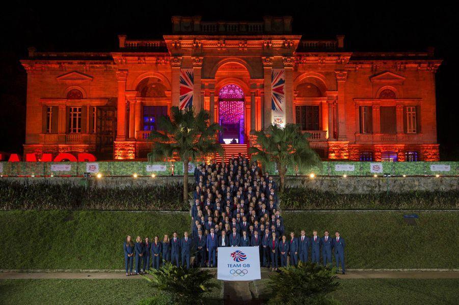 La princesse Anne avec l'équipe olympique britannique à Rio de Janeiro, le 4 août 2016