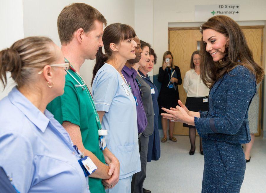 Kate Middleton En Visite Au Kings College Hospital, Le 12 Juin 4