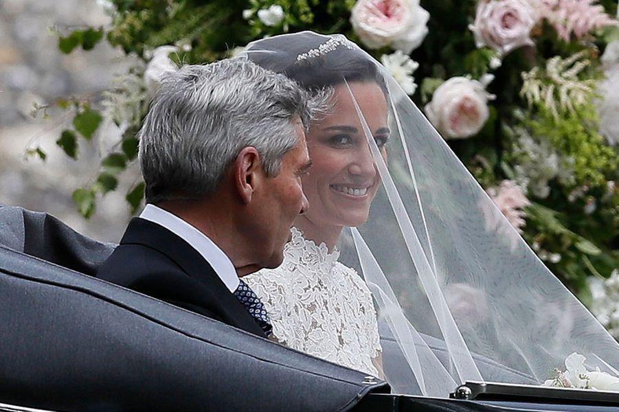 Pippa Middleton avec son père le 20 mai 2017