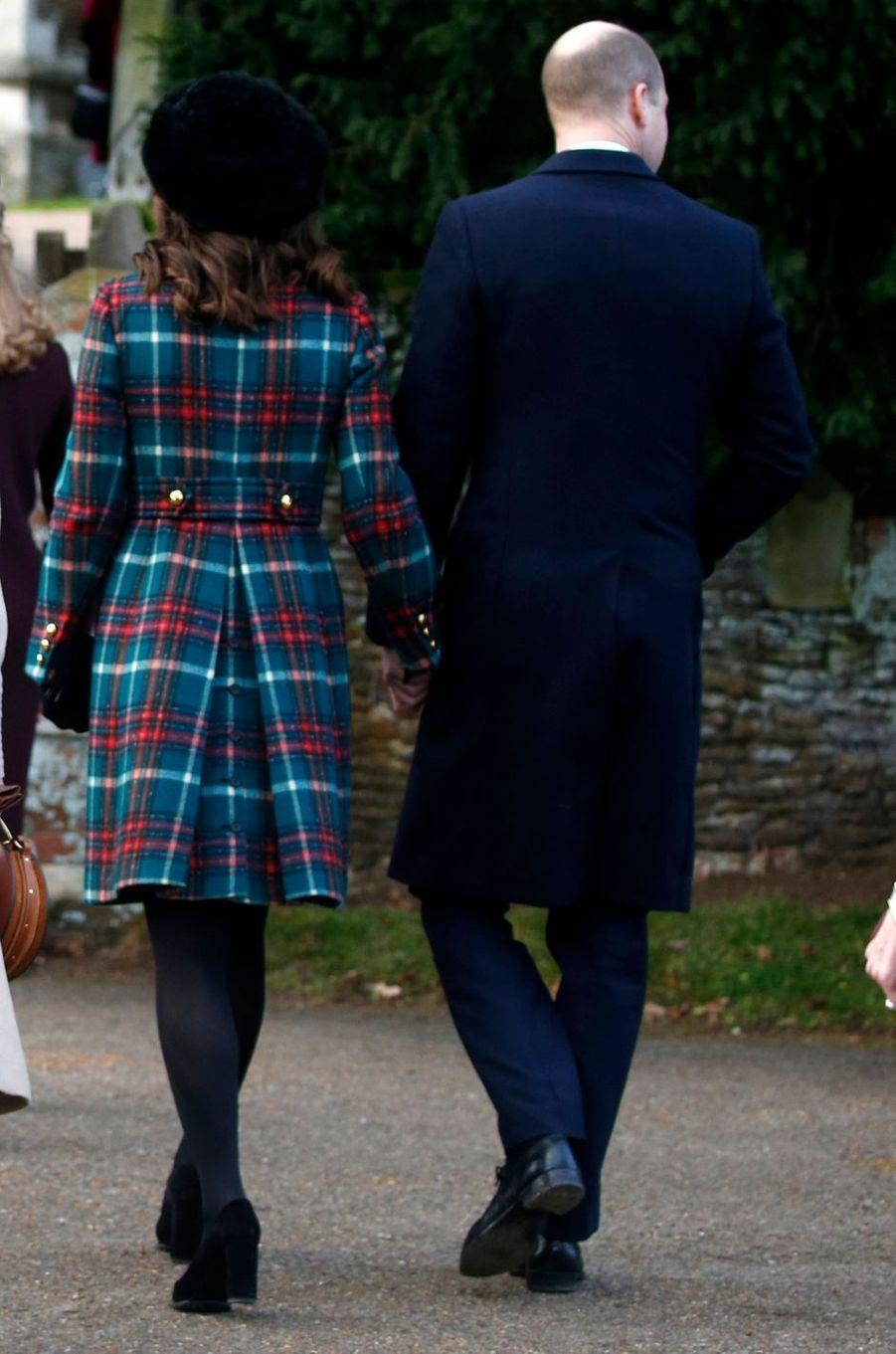 La duchesse Catherine de Cambridge vue de dos à Sandringham le 25 décembre 2017