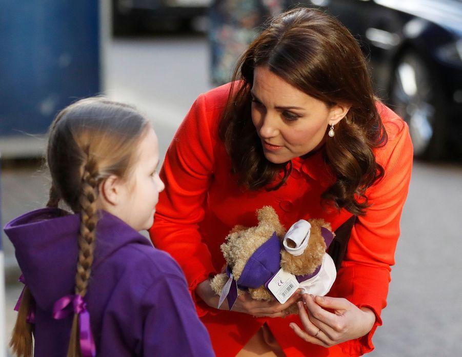 Kate Middleton Enceinte Au Chevet De Rafael, Au Great Ormond Street Hospital    02