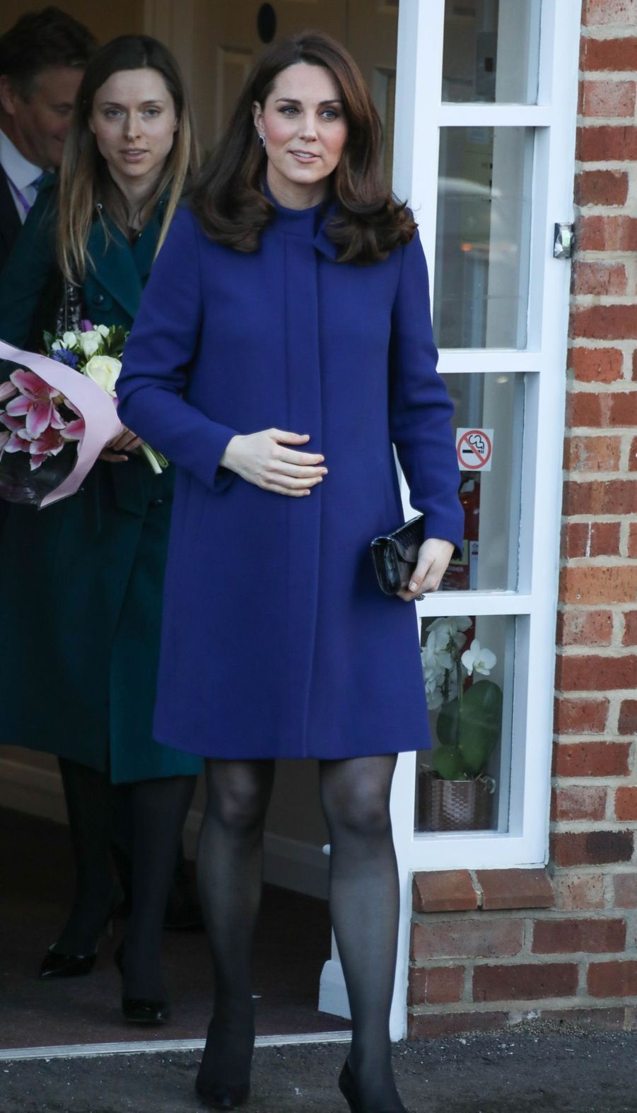 Kate Middleton, Enceinte, Visite Un Centre D'Action On Addiction     1