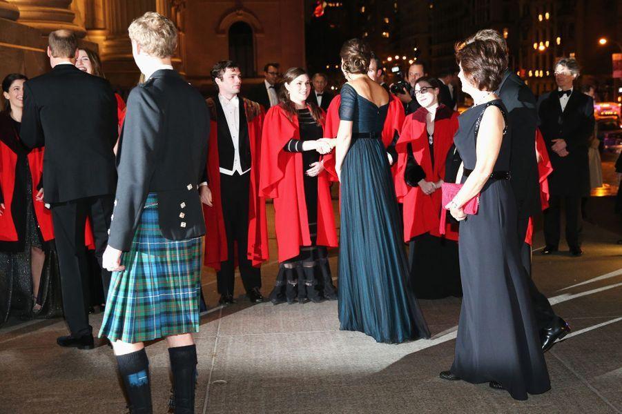 Le prince William et Kate assistent à un dîner de gala au Metropolitan museum of art à New York, le 9 décembre 2014