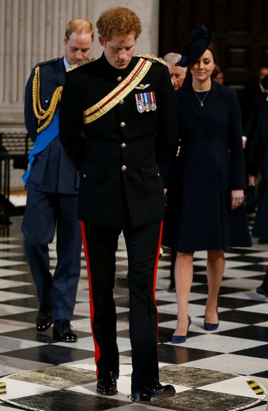 La famille royale réunie pour les morts d'Afghanistan