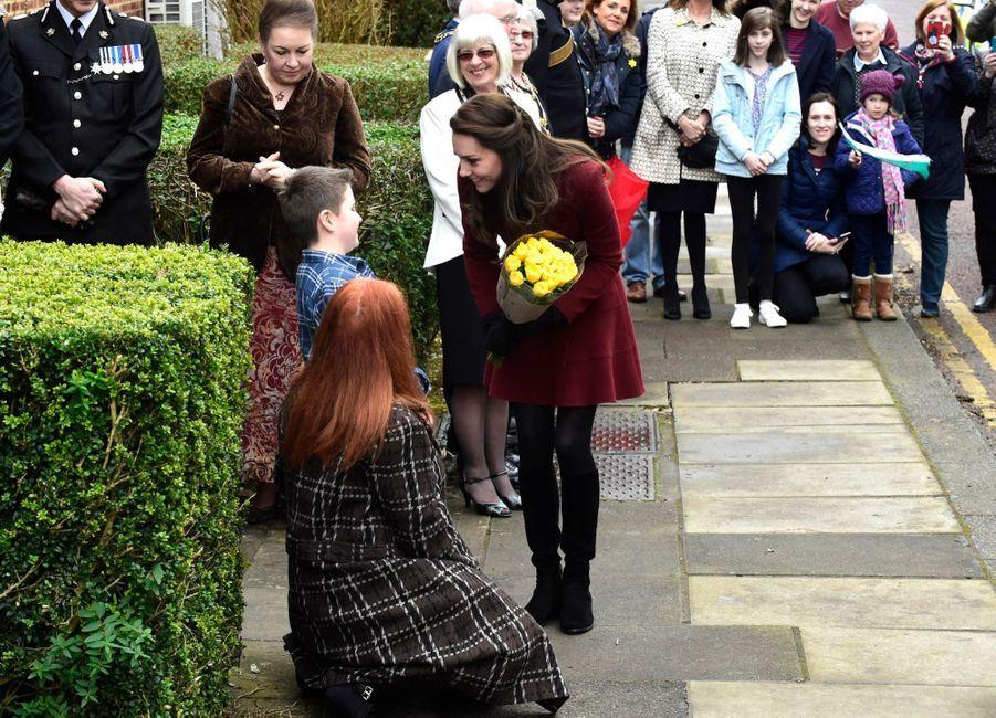 Kate Middleton En Visite Au Centre MIST 3
