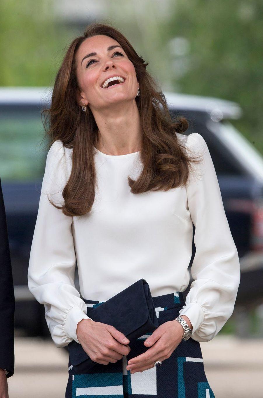 La duchesse Catherine de Cambridge au Queen Elizabeth Olympic Park à Londres, le 17 mai 2016