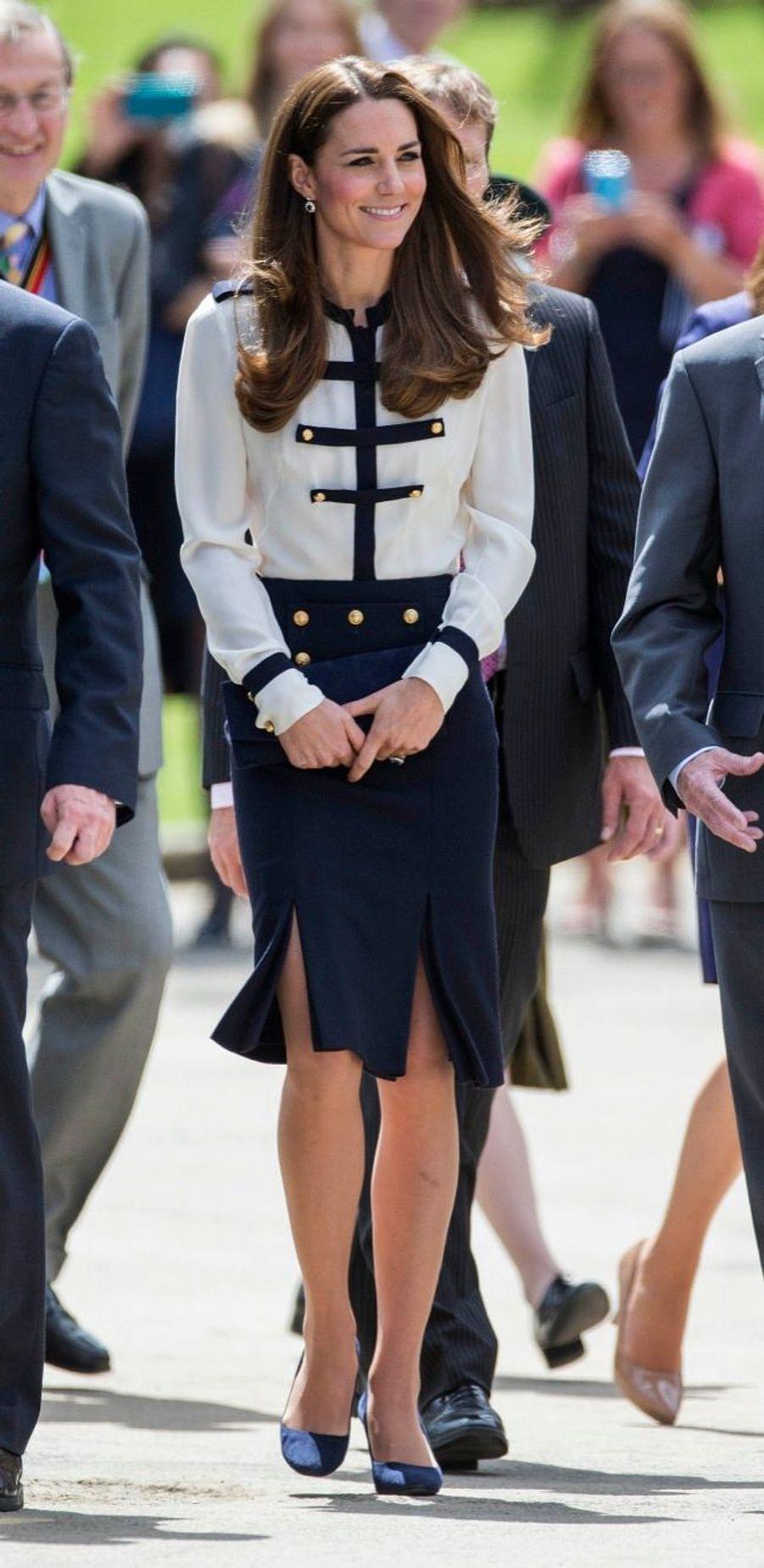 Kate rend hommage à sa mamie espionne