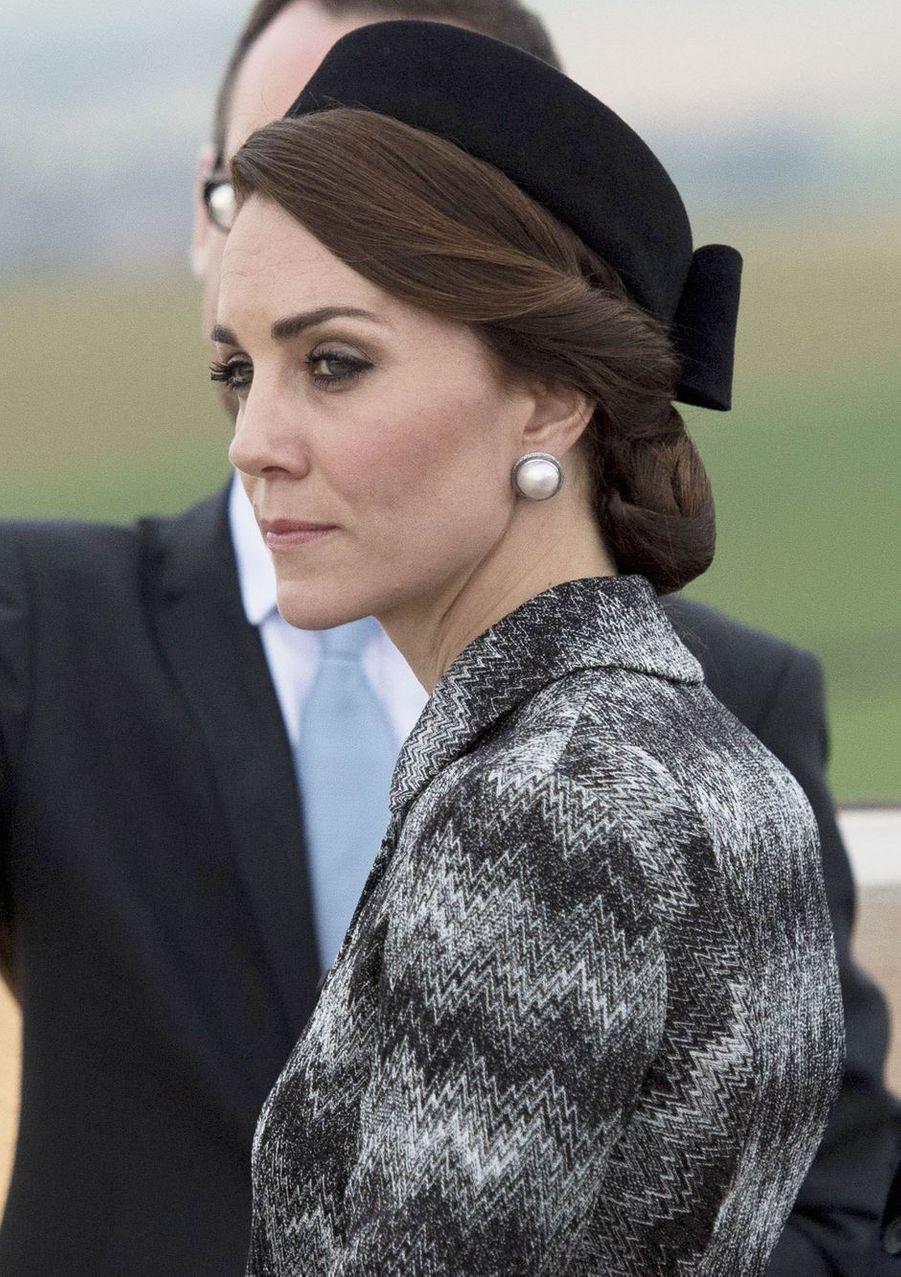 La duchesse Catherine de Cambridge au mémorial de Thiepval en France, le 30 juin 2016