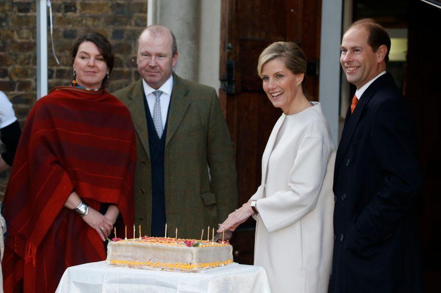 Sophie de Wessex, avec le prince Edward, a fêté ses 50 ans avec l'association Tomorrow's People à Londres, le 20 janvier 2015