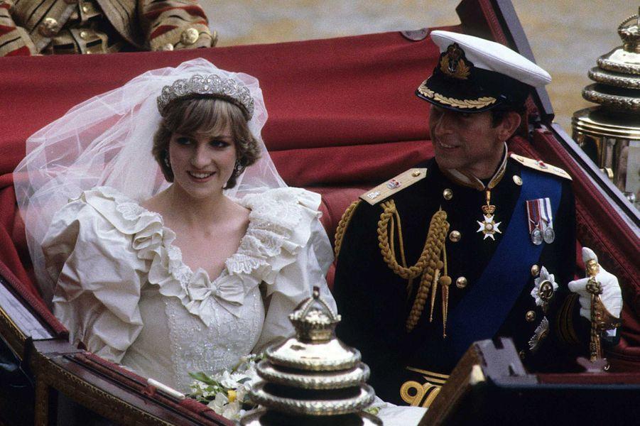 Lady Diana et le prince Charles à Londres le jour de leur mariage, 29 juillet 1981