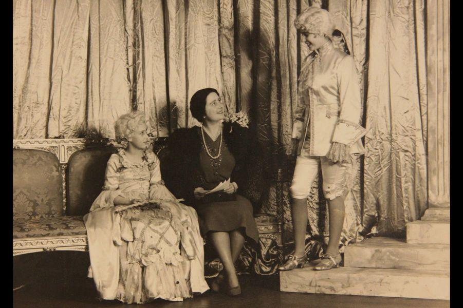 "Avec la reine mère, ""Aladin"" en 1943"