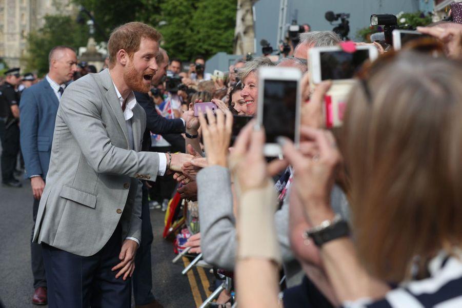 Meghan Markle Et Le Prince Harry, Dernière Sortie Avant Le Mariage   ( 1