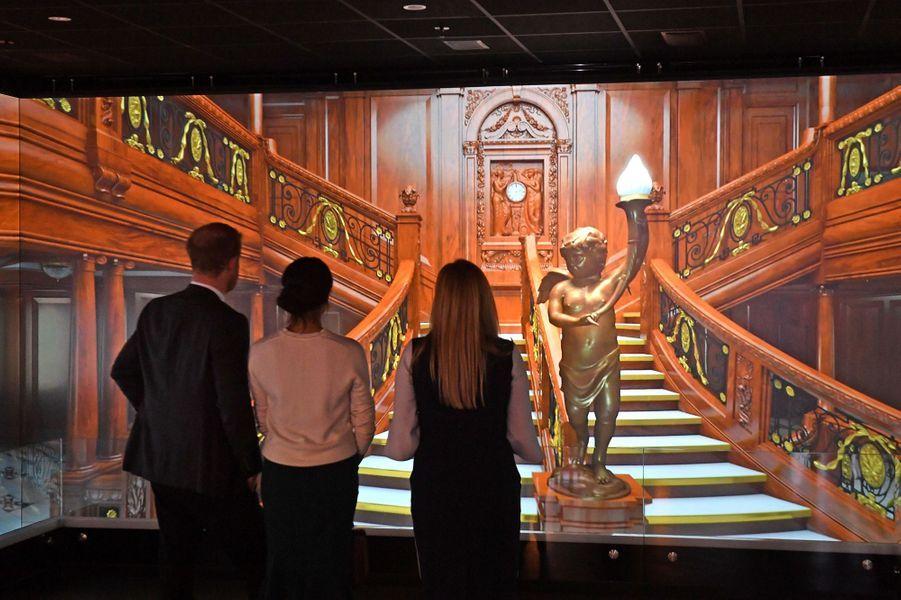Musée Titanic Belfast  - Page 3 Meghan-Markle-Et-Le-Prince-Harry-A-Belfast-Le-23-Mars-2018-9