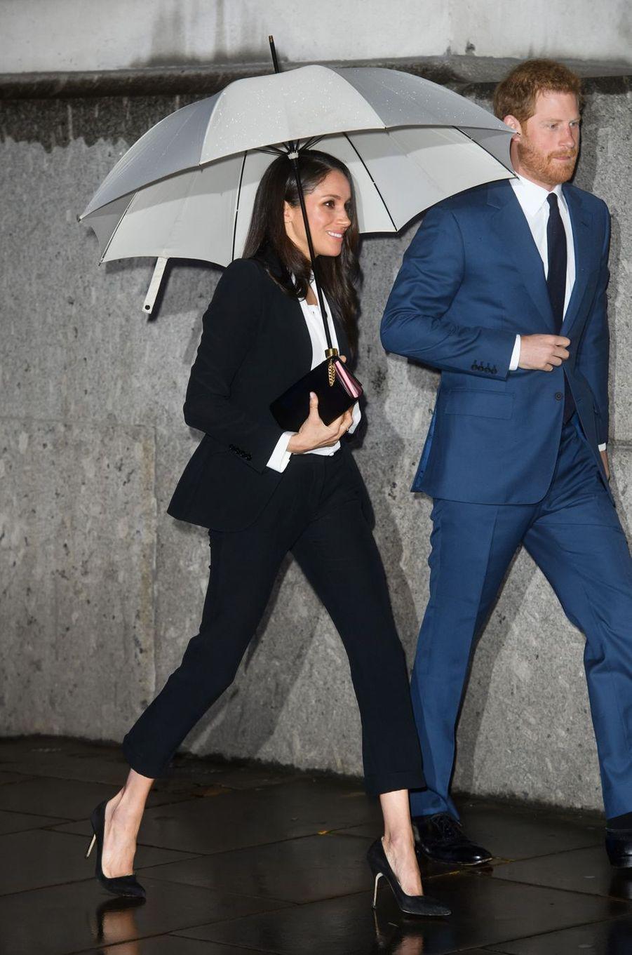 Meghan Markle et son fiancé le prince Harry à Londres, le 1er février 2018