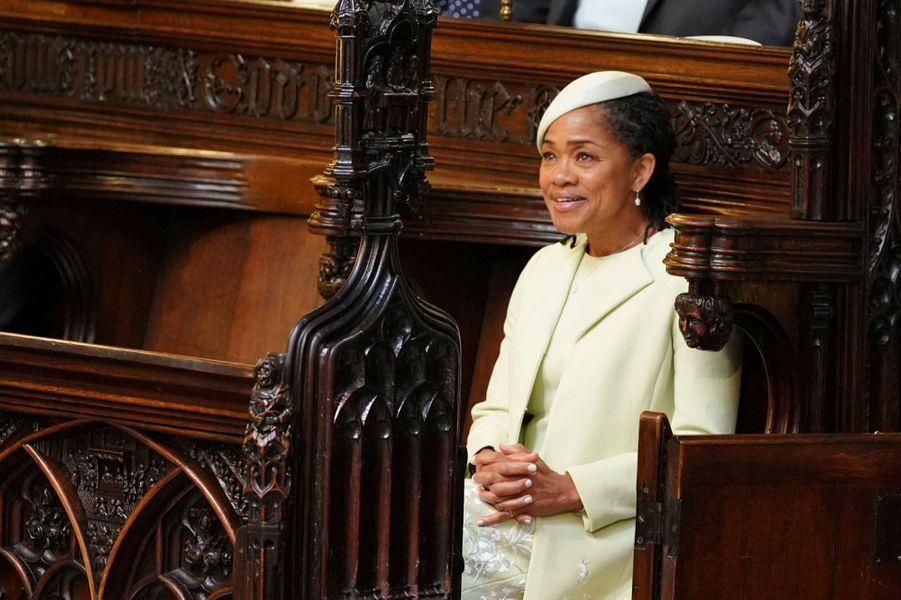 Prince Mariage L De Et Charles HarryLe Meghan Accompagnera nO80wPkX
