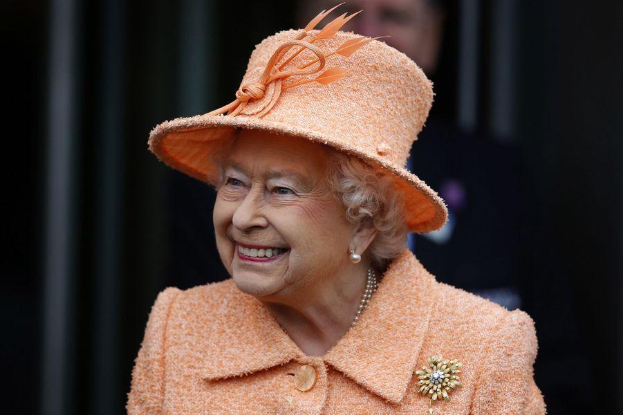 La reine Elizabeth II à Ascot, le 17 octobre 2015