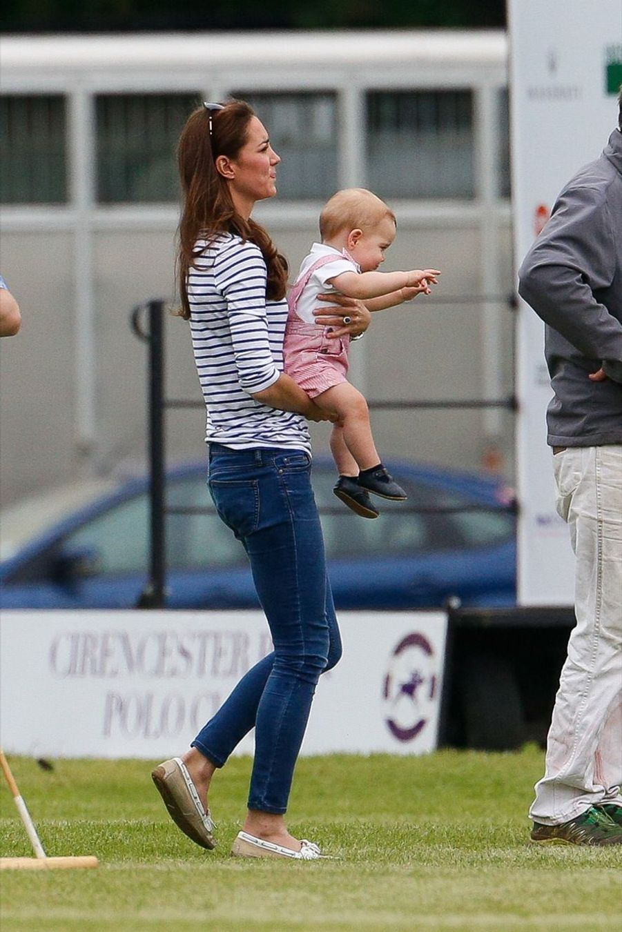 Kate et baby George vont encourager papa au polo