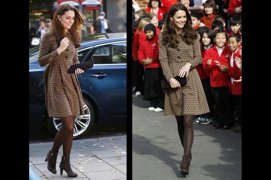A Londres, le 19 novembre 2013 ; et à Oxford, le 21 février 2012