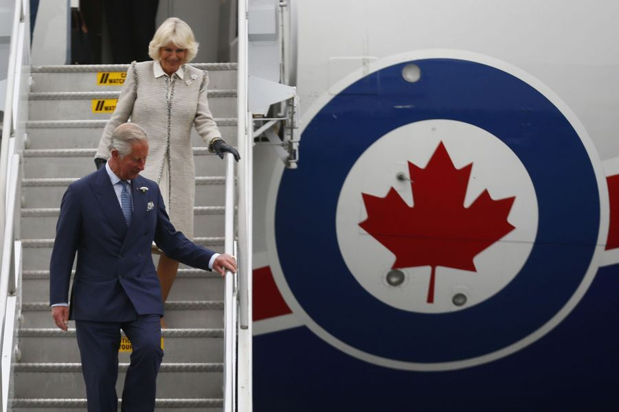 Charles, le joyeux de la couronne au Canada