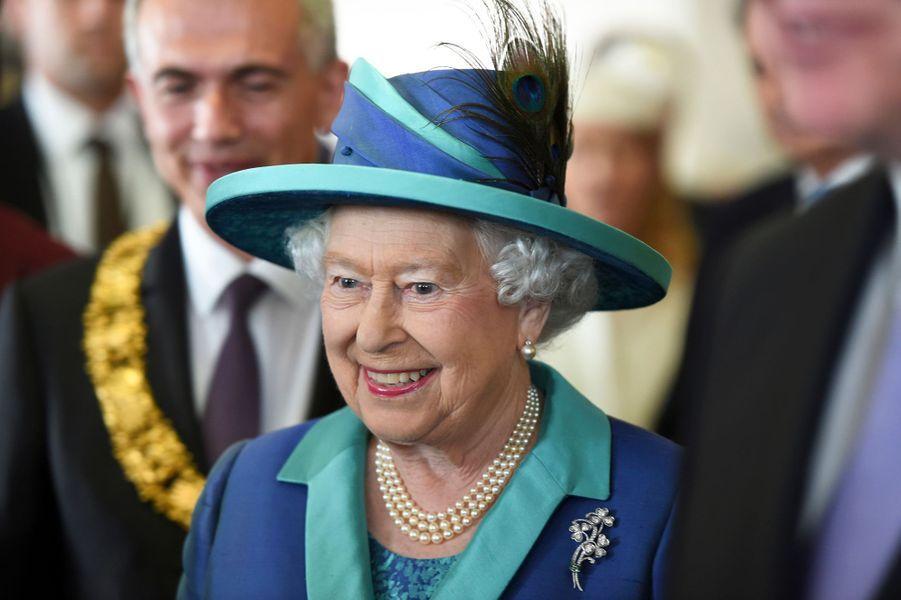 La reine Elizabeth II à Francfort-sur-le-Main, le 25 juin 2015