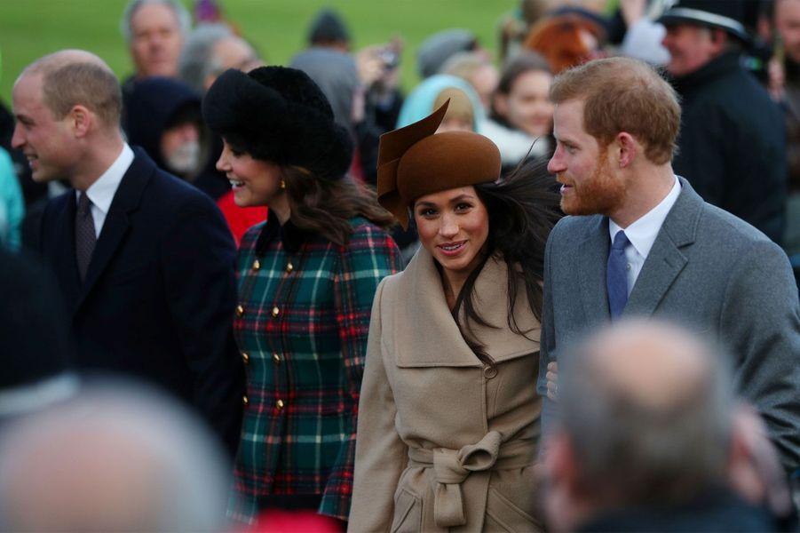 William, Harry et leurs chéries à la messe de Noël — Royauté