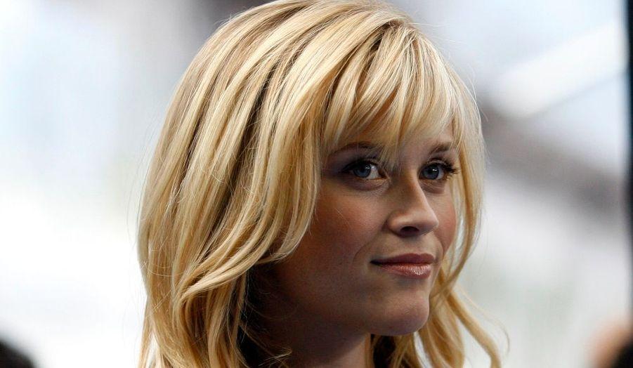 L'actrice Reese Witherspoon, héroïne de La Revanche d'une blonde, sera de retour au cinéma dans Nice, une comédie policière. La piquante Américaine incarnera une journaliste, Jen Sacks, qui tue accidentellement son petit ami et découvre qu'il est plus facile de commettre un meutre que de rompre. Ben Queen écrira le scénario.