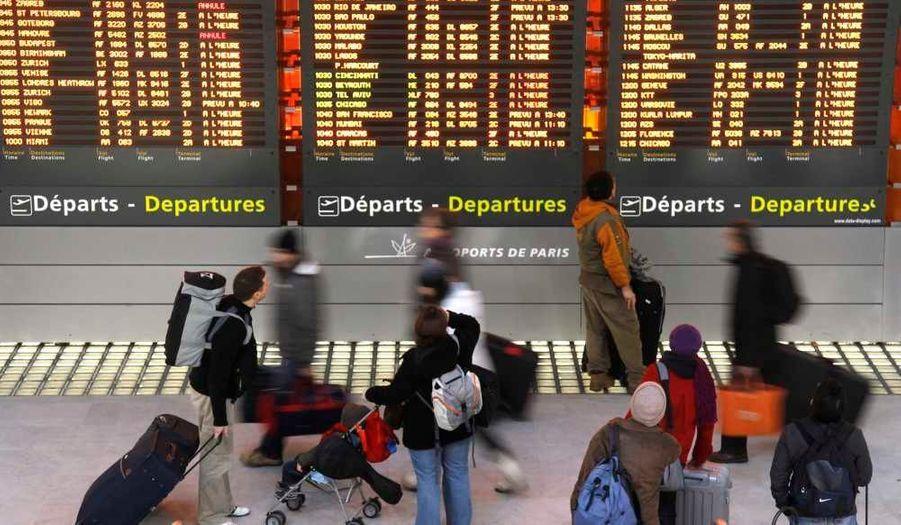 Toutes les informations en direct sur la météo, les conditions de circulation, les vols, et les trains.