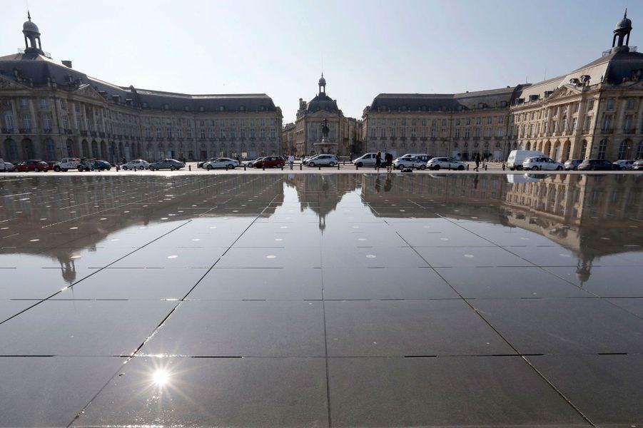 La place de la Bourse et le miroir d'eau de Bordeaux