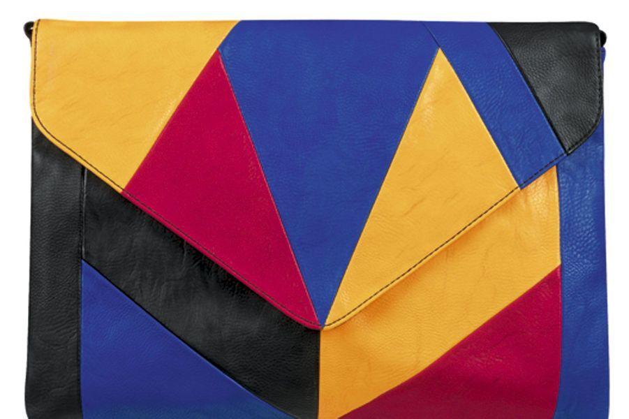 Pochette en cuir multicolore, San Marina, 39€.