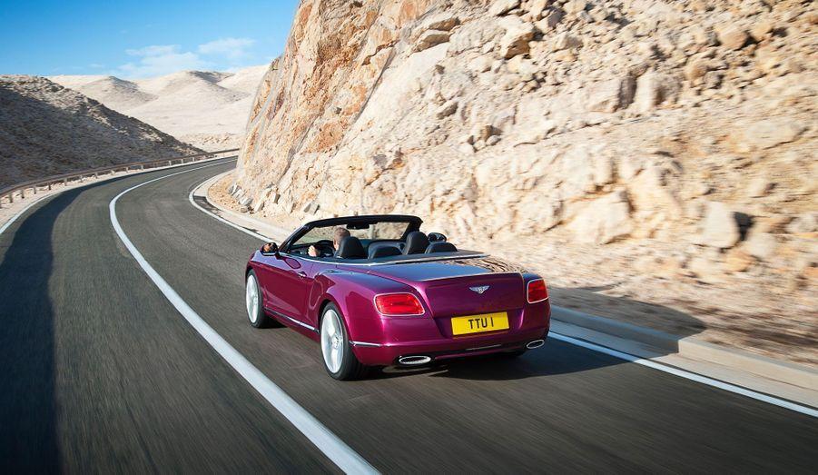 Bentley vante la rigidité «exceptionnelle» de son cabriolet. Mais cela se paie sur la balance, avec 175 kg de plus.
