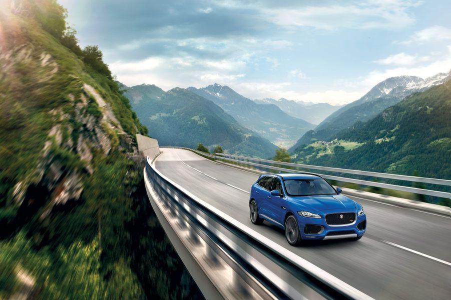Jaguar F-Pace LE S