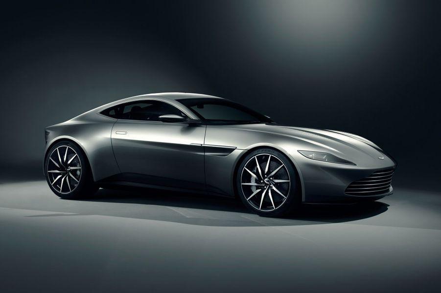 """L'Aston Martin DB10, à découvrir fin 2015 dans """"SPECTRE"""""""