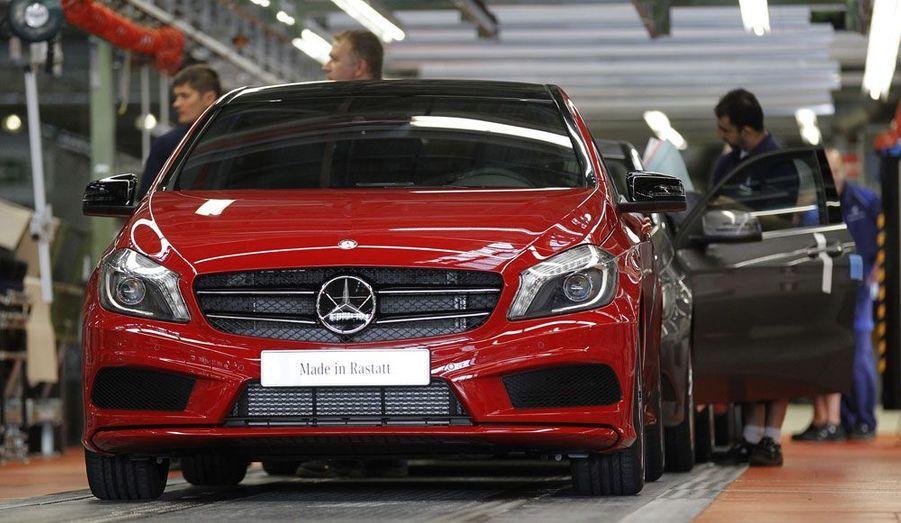 L'usine allemande de Rastatt n'est pas la seule à produire la nouvelle gamme compacte de Mercedes: un site hongrois a ouvert cette année et contribuera aussi à la production de ces modèles.
