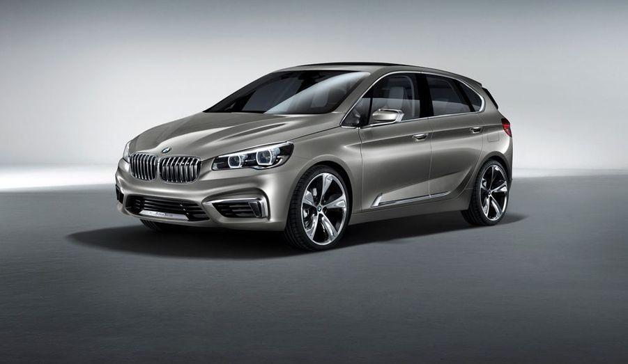 BMW arrive après la bataille sur le segment des monospaces et la traction avant comme le trois-cylindres de cet Active Tourer feront sans doute hurler les puristes. Mais a-t-on déjà vu monospace aussi bien dessiné?
