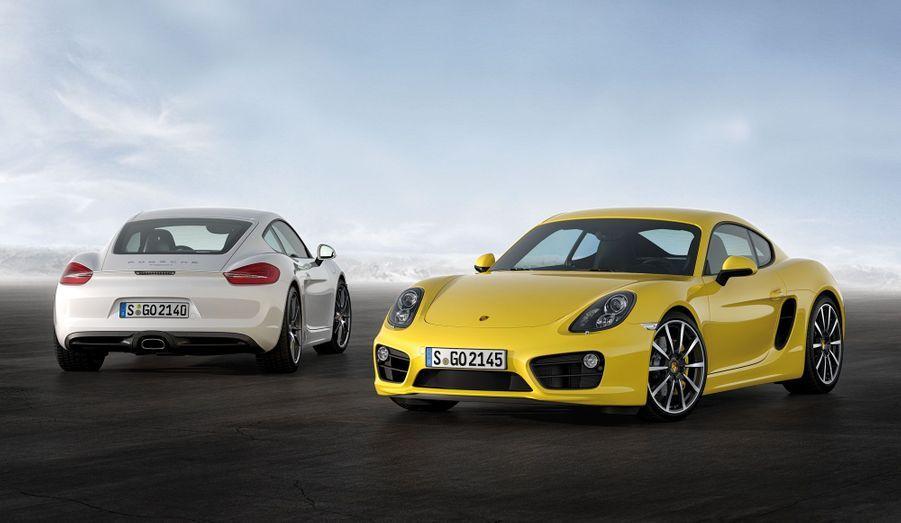 Le Cayman nouvelle mouture perd 30 kg par rapport à la précédente génération, ce qui contribue à une économie de carburant de 15%, selon Porsche.