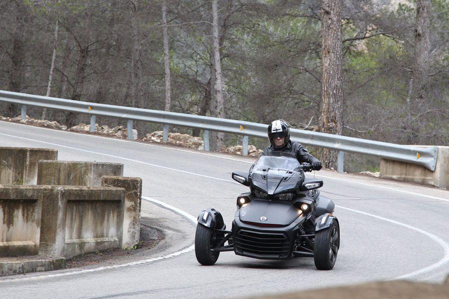 Spyder CanAm F3, deux nouvelles versions appelées à régner